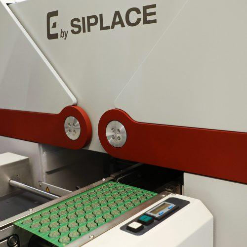 ELKOTRON_0119_Machine Leiterplatte